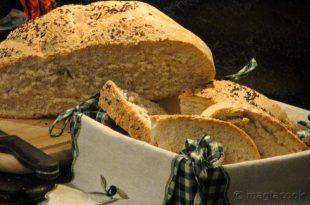 Σπιτικό παραδοσιακό ψωμί